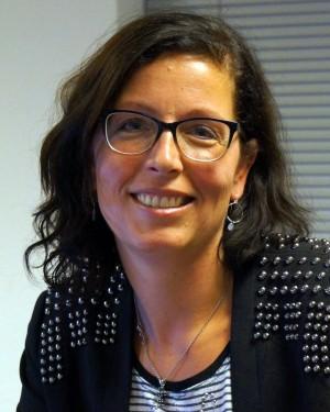 2015-07-08 Carina Koerting-Hooijer pasfoto